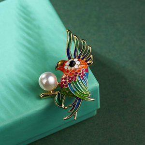 Jewelry - Colorful Cockatoo Brooch